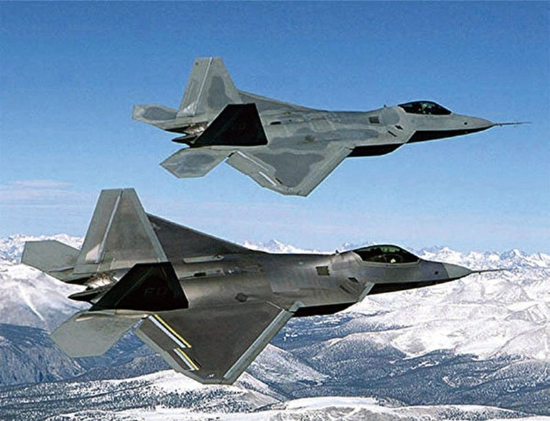 史無前例 美國向盟友軍售先進戰機無人機超級炸彈