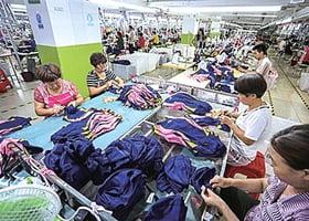 服裝企業海外訂單減 內循環困難