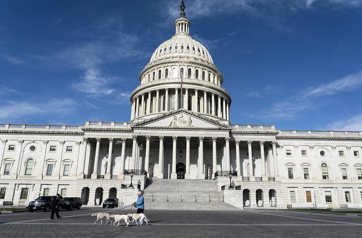 國會改選如火如荼的開票,民主黨已失去一些重要議席。圖為美國國會大廈。(Alex Edelman/AFP)