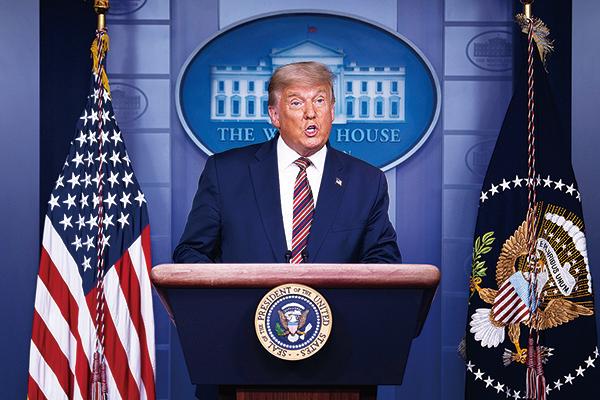 特朗普總統表示,訴訟在進行中,大選遠沒有結束,並宣佈周一起全面採取法律行動。 (Chip Somodevilla / Getty Images)