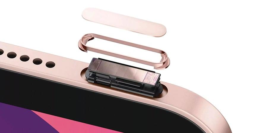今年新推出的iPad Air 4,將指紋識別結合到電源鍵上。(Apple)