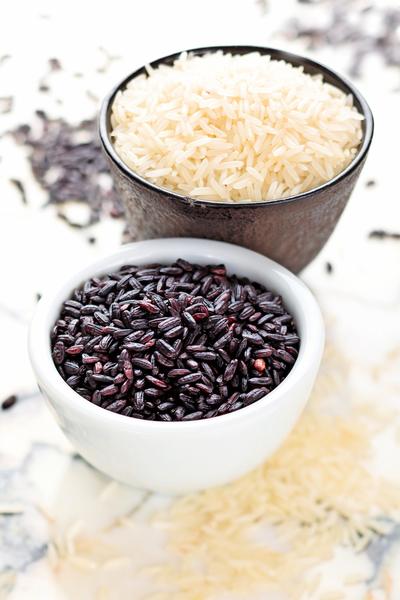 紫米是「藥殼」  可控血糖解便秘