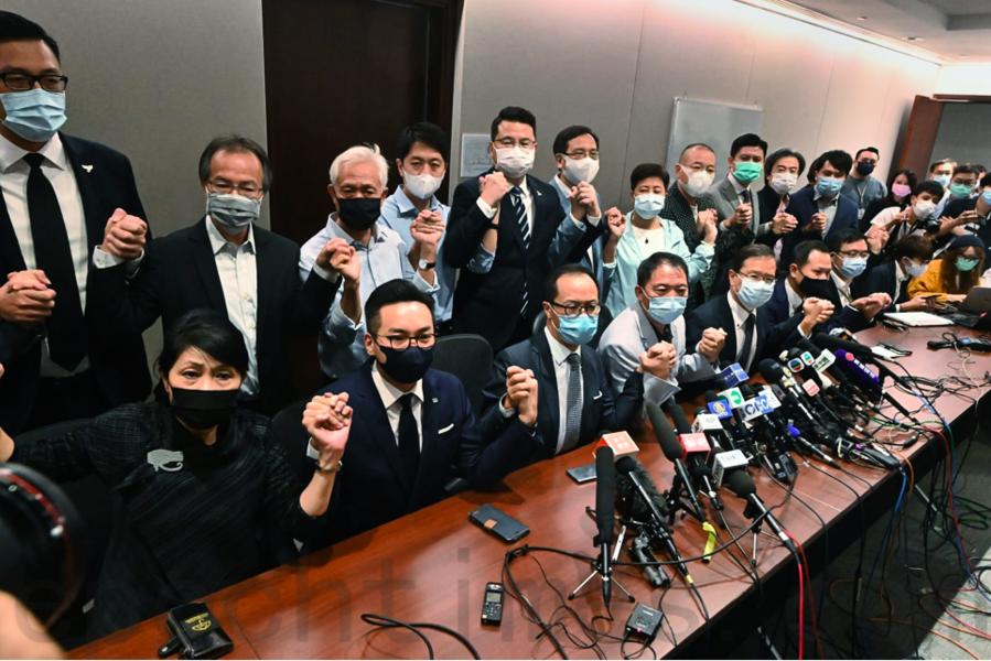 中共取消香港民主議員資格 英國發出批評聲浪