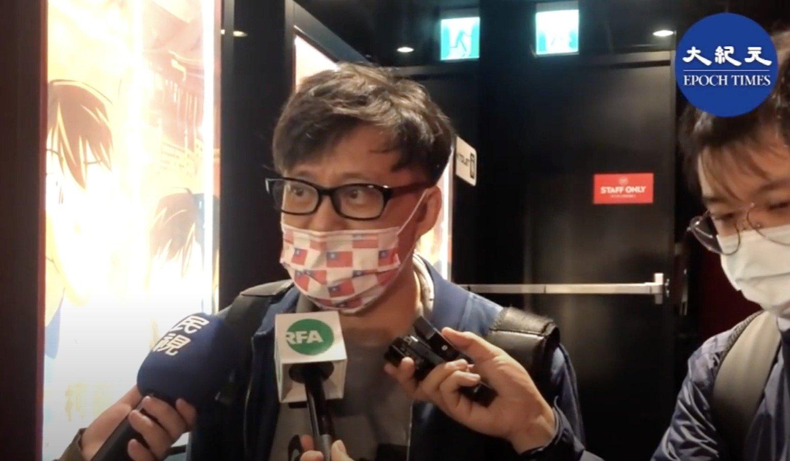林夕12日出席台灣活動後表示,當初民主派議員留任就已經從民選變成委任,會有今天的DQ一點也不意外,選在美國大選後出招即是撕破臉皮。(圖片來源:大紀元影片截圖)