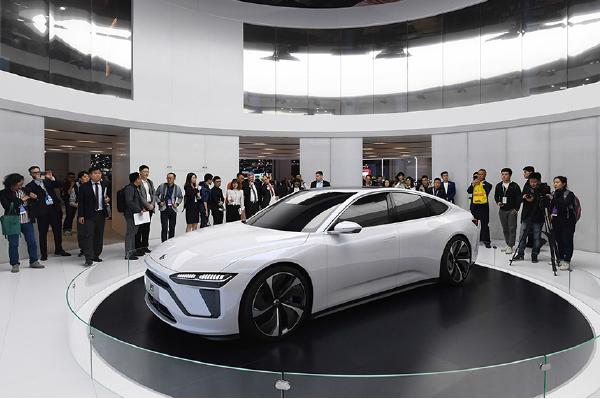 蔚來汽車是中國一家智能電動汽車品牌,成立於2014年11月。(GREG  BAKER/AFP/Getty Images)