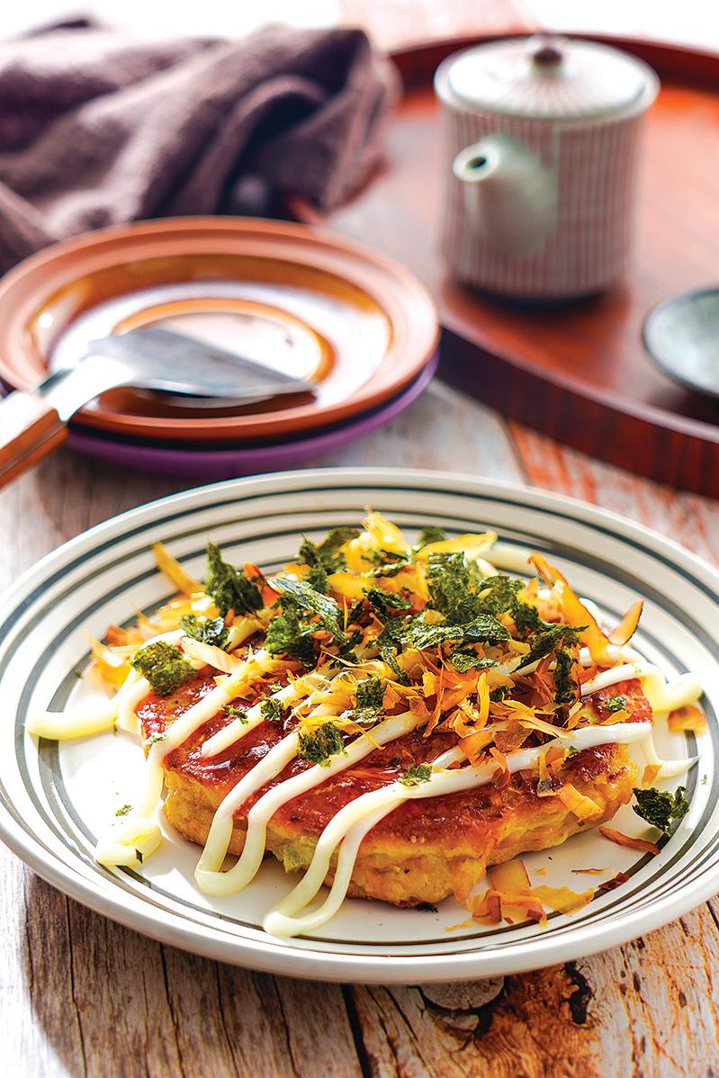 這道吞拿魚大阪燒是低醣版本大阪燒,美味又無負擔!