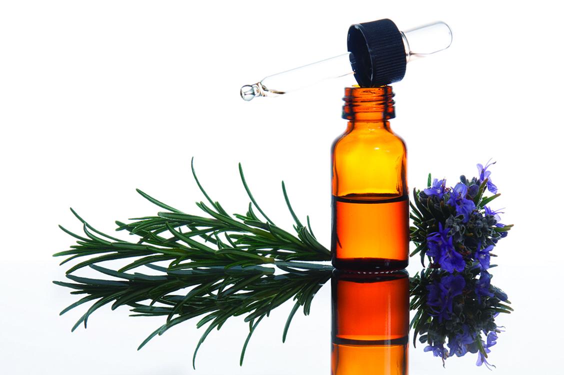 迷迭香精油可以舒緩疲勞引起的不適。