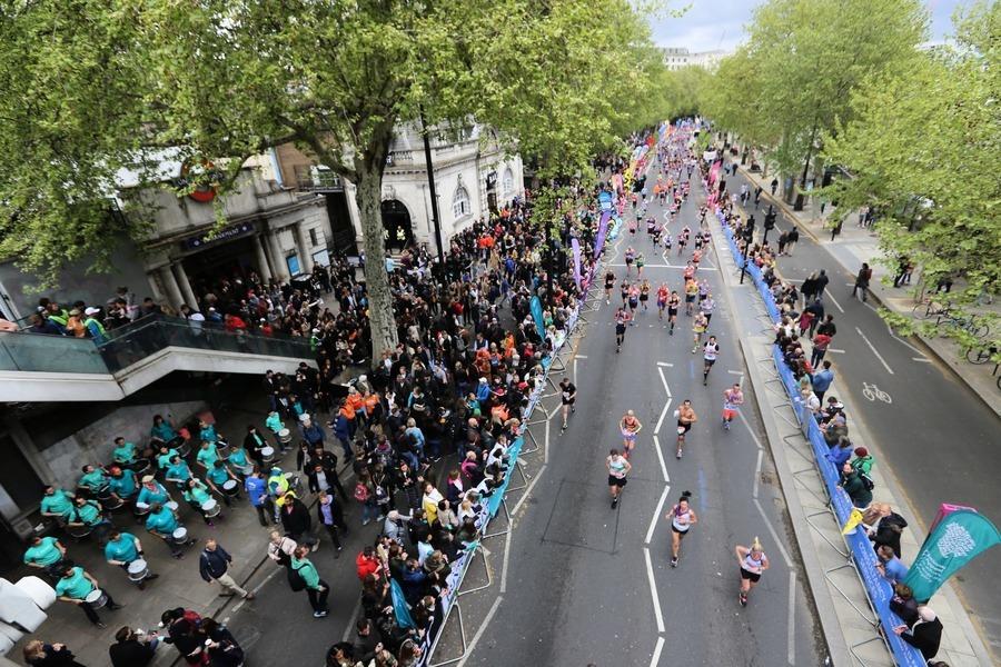 從渣馬到倫敦馬拉松 感受街頭音樂氣氛