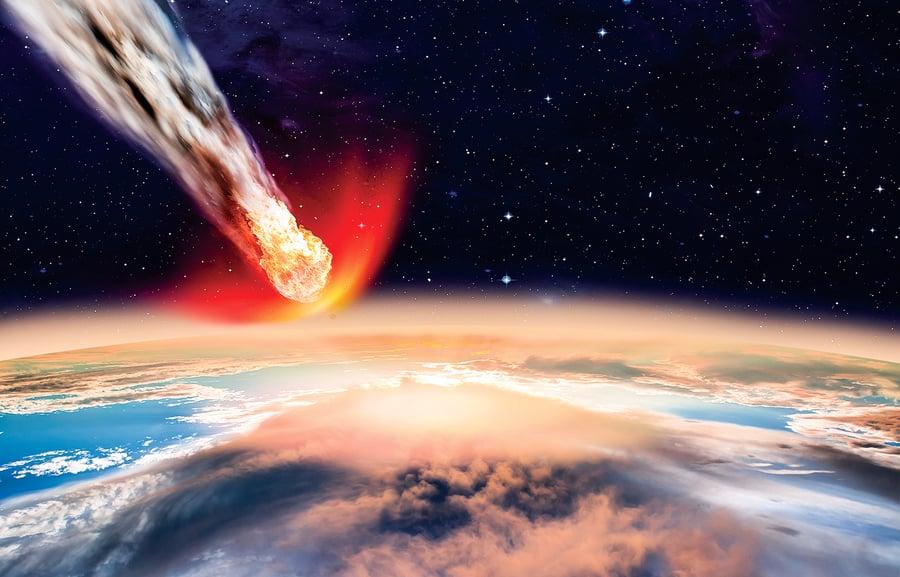 比衛星更近 小行星飛掠地球