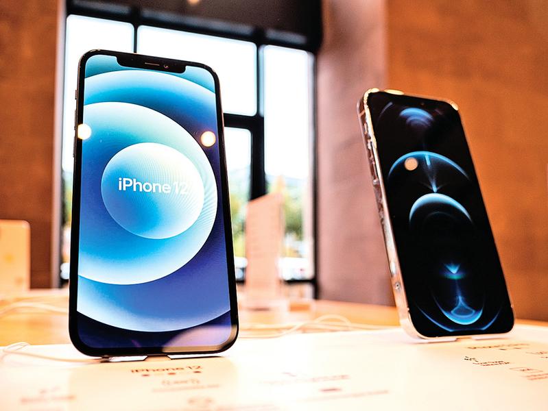 雖然泛綠光  iPhone12屏幕仍被評最佳