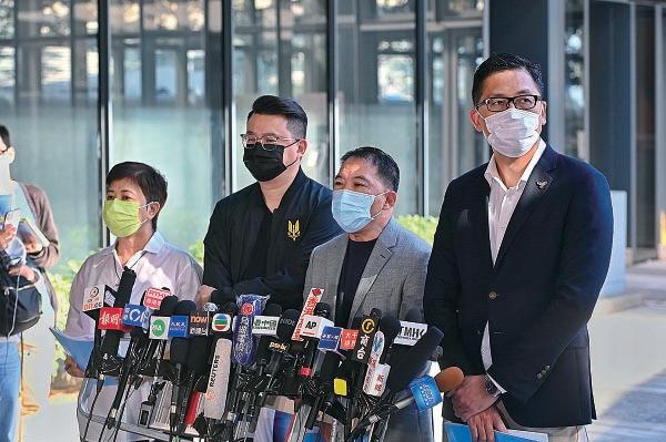 民主黨認為,報告只是習近平借林鄭月娥宣告中央全面管治香港的一份聖旨。(宋碧龍/大紀元)