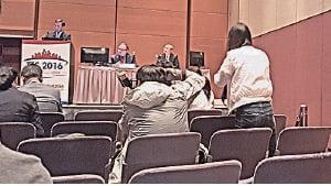 研討會請來香港「換肝之父」范上達和外國專家主持,被指有意「漂白」中共移植黑幕。(與會者提供)