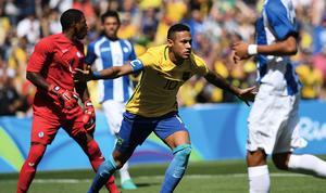 巴西靠足球挽回顏面進決賽