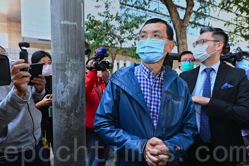 壹傳媒行政總監黃偉強獲准保釋離開法院。(宋碧龍/大紀元)