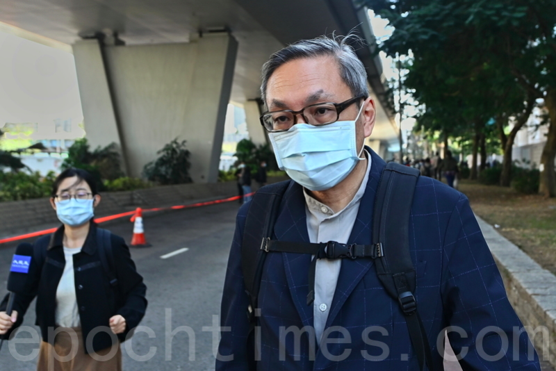 壹傳媒行政總裁張劍虹庭聽審後離開法院。(宋碧龍/大紀元)