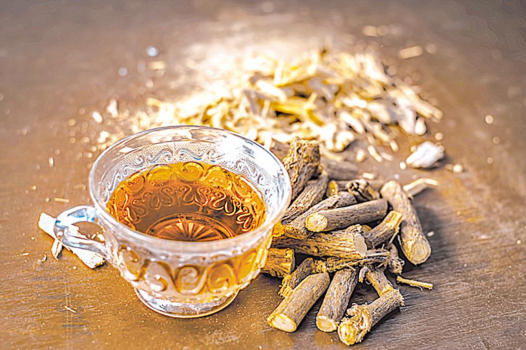 甘草根具有舒緩的特性,是補氣的流行茶飲。