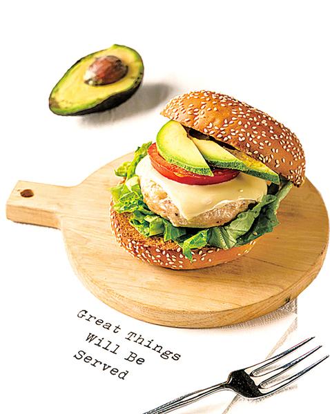 ● 減脂也能吃漢堡 ● 讓雞胸肉多汁的訣竅