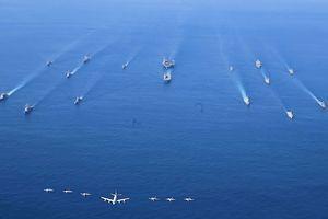 日法美明年五月首度聯合軍演 多國航母圍堵中共