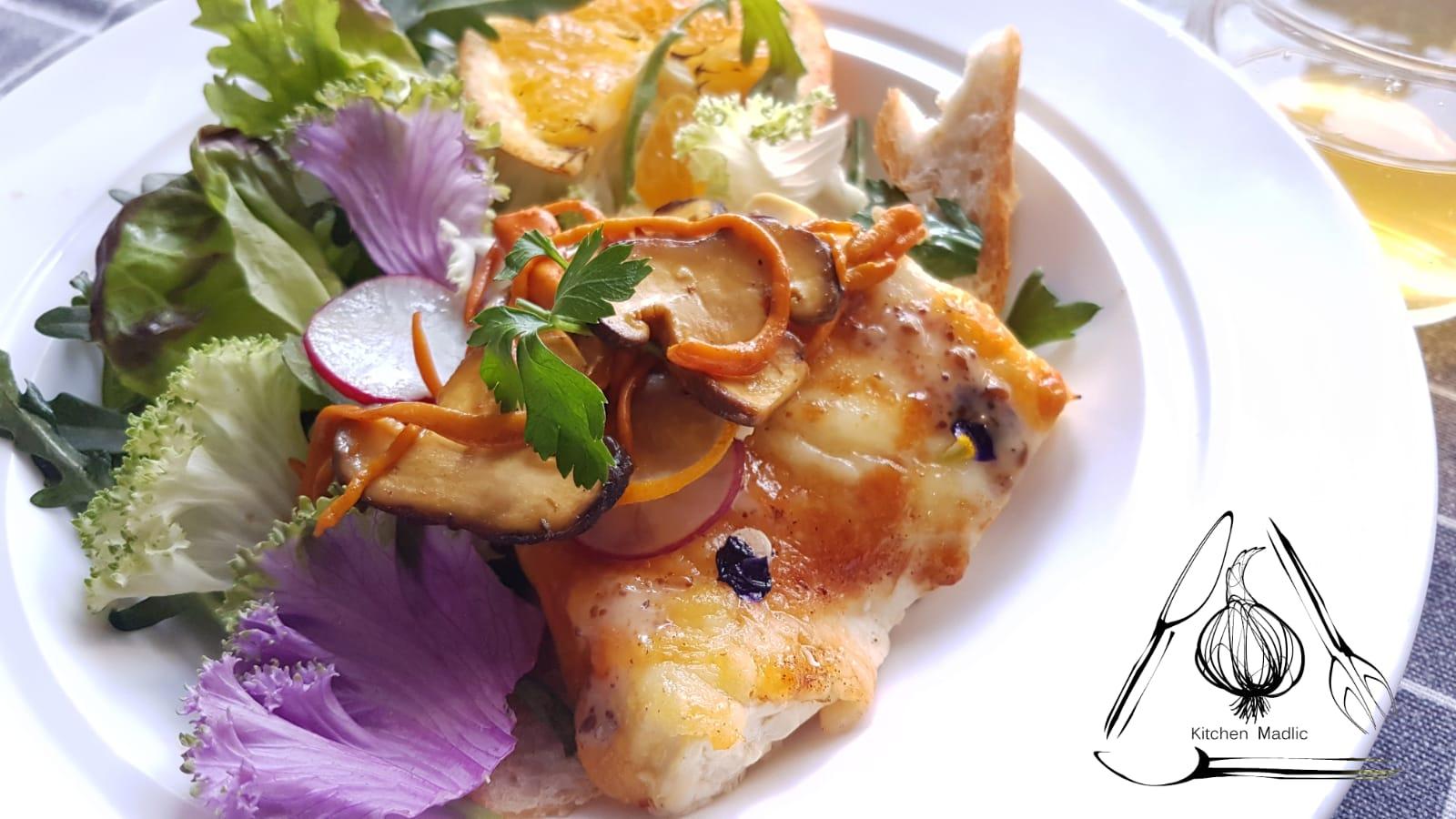 蟲草花野菌芝士焗絹豆腐沙律。(Kitchen Madlic提供)