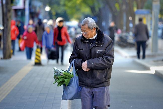 老齡化嚴重 大陸22省市 養老金入不敷出