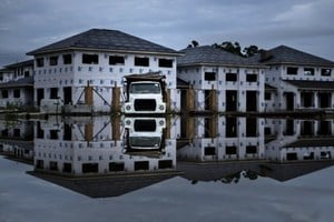 美國路州水患 災民面臨十年來最大住房難題