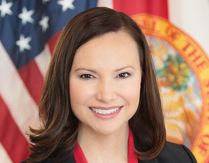 圖為佛羅里達州總檢察長阿什利·穆迪(Ashley Moody)。(Florida Attorney General office/維基百科)