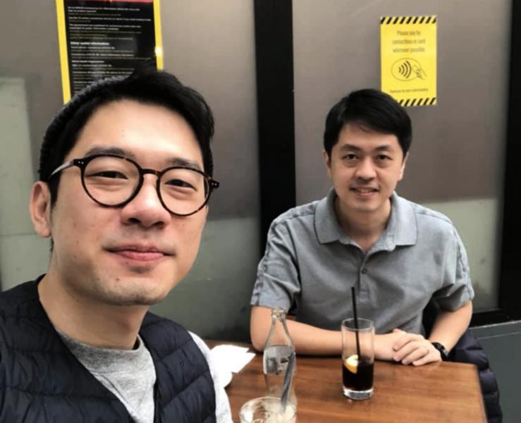 羅冠聰與許智峯英國重聚 冀為光復香港共同努力
