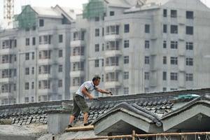 中國GDP增速 25年來首次破7