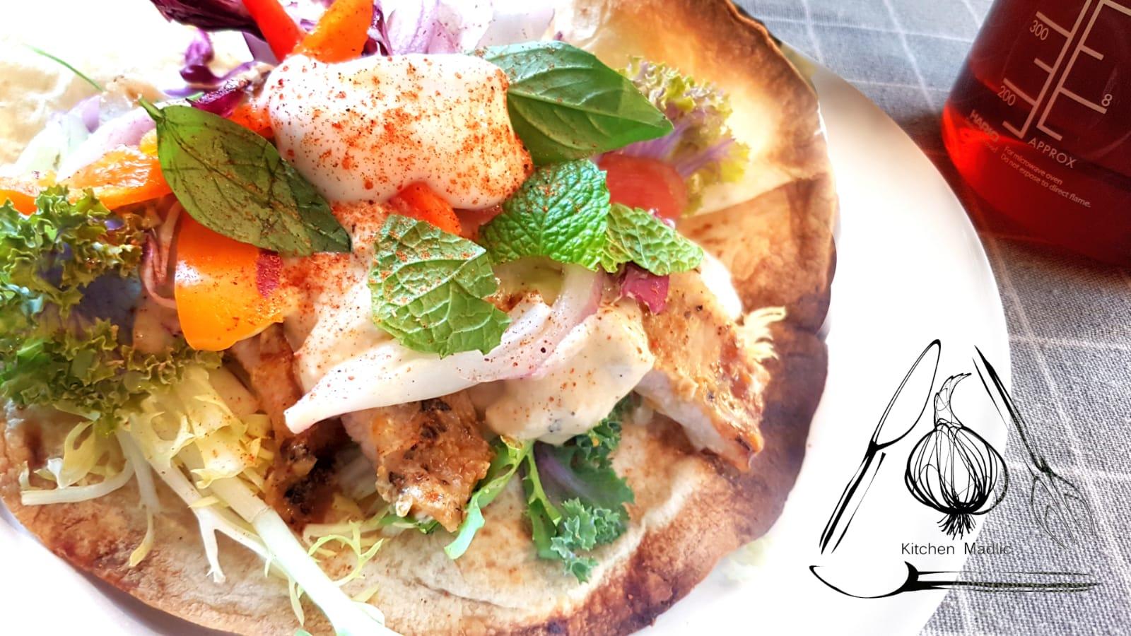 雙色伊比利豬肉墨西哥夾餅。(Kitchen Madlic提供)