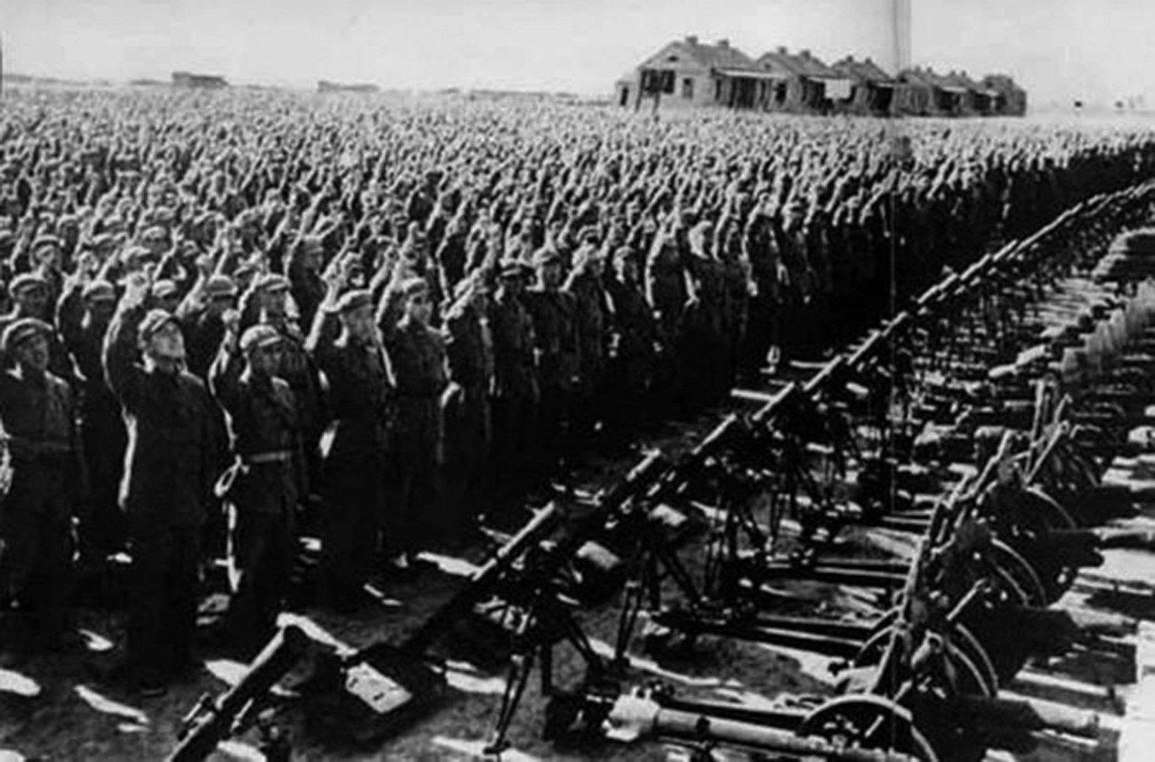 第九兵團由中共精銳20軍、26軍和27軍三個超額編制的加強軍組成,15-16萬人。(網絡圖片)