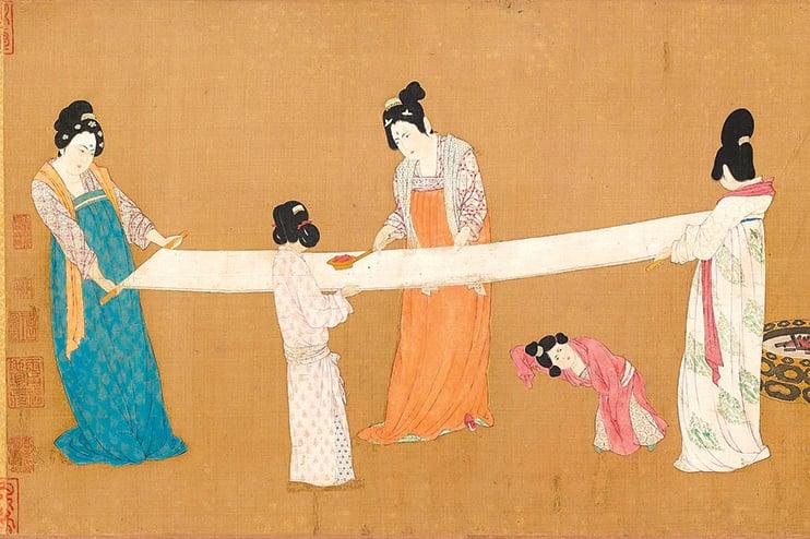 宋徽宗摹唐·張萱《搗練圖》,圖中女子身著典型唐朝齊胸襦裙。(公有領域)