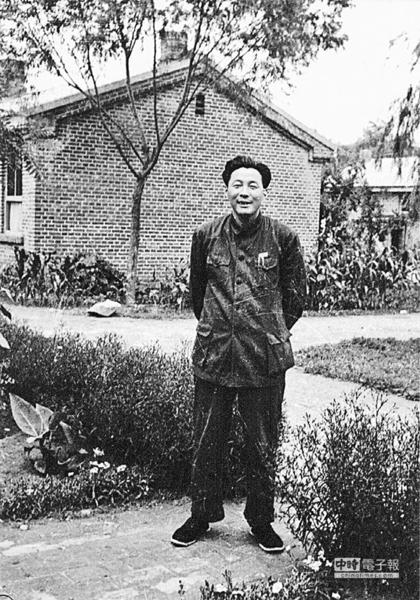 北京大學文革中第一個自殺的教授
