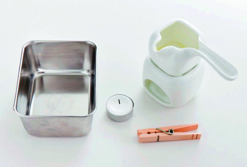 製作護膚蠟燭需要的道具。