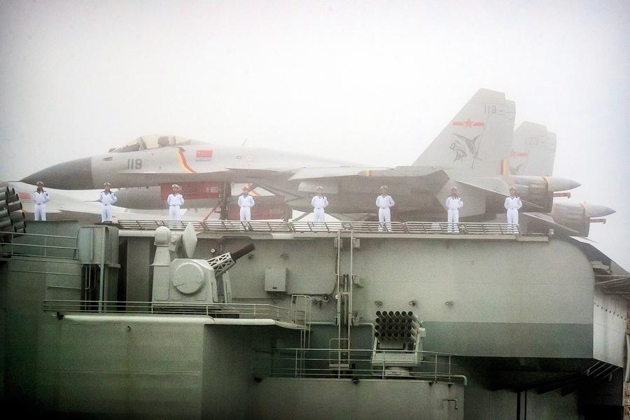 中共忽出動山東號航母 恐加劇衝突
