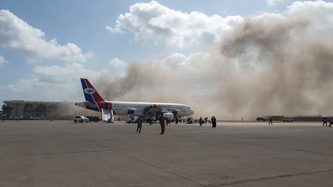 也門新閣員專機機場  發生爆炸巨響