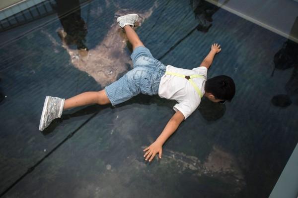 世界最長玻璃橋在中國開放 它安全嗎?