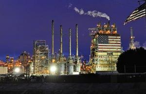 伊朗重返油市  IEA料油價續跌