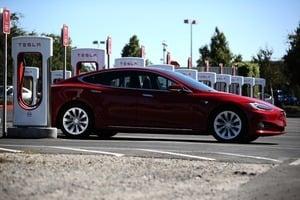 銷售量快速增長 Tesla市值等於11間寶馬