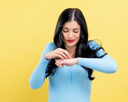 雙手乾癢、冒紅疹怎麼辦? 醫生建議護手好方法