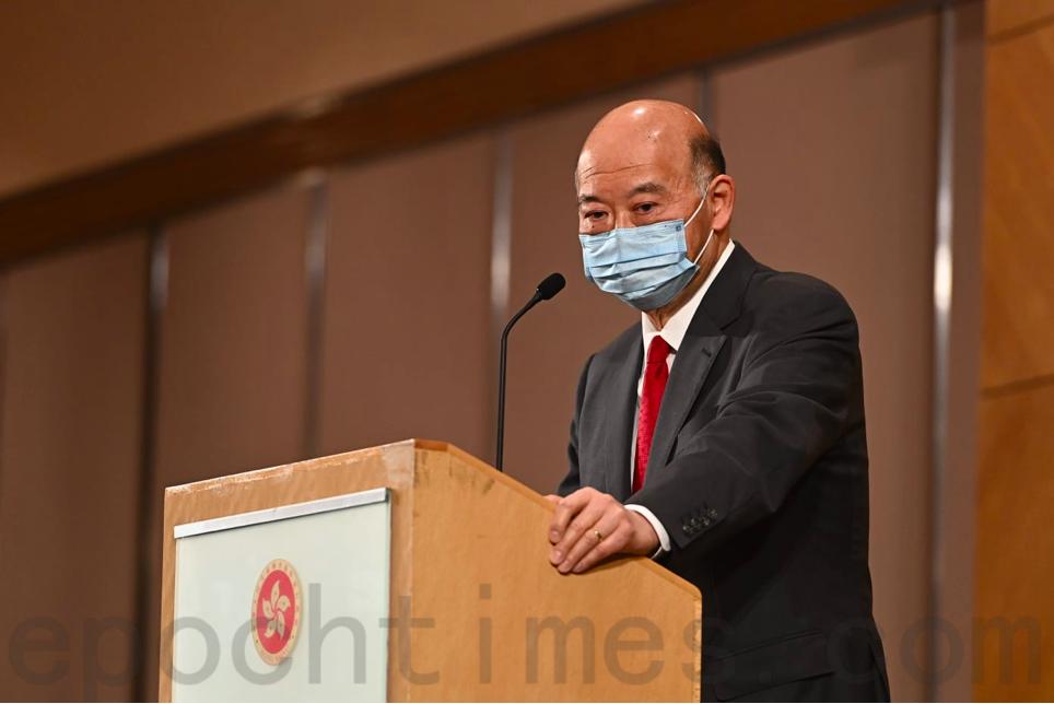 香港終審法院首席法官馬道立1月5日召開任內最後一個記者會,重申司法獨立的重要性。(宋碧龍/大紀元)