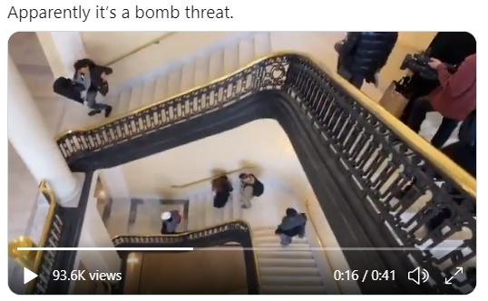 現場消息說,有炸彈威脅。兩會辯論終止。國會封鎖。選舉人計票暫停。(視頻截圖)