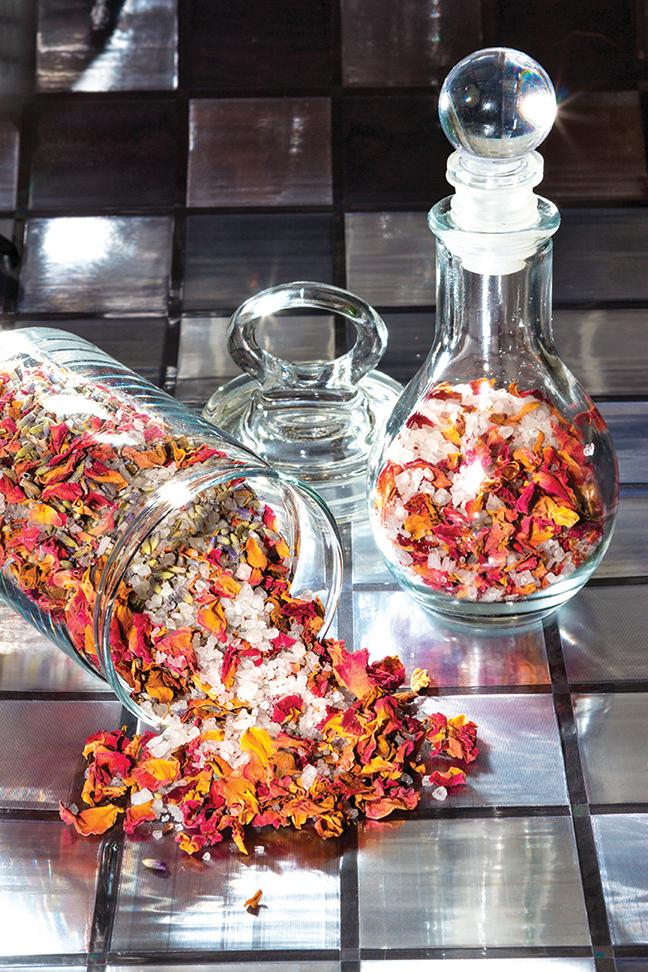 典型的玫瑰乾燥花可用香料創造出嶄新而豐富的氣味。圖為示意圖。