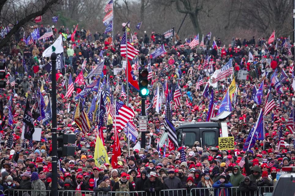 美國民眾1月6日在華府集會支持特朗普,抗議選舉舞弊。(Jenny/大紀元)