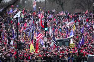 華府集會民眾:制止共產主義蔓延