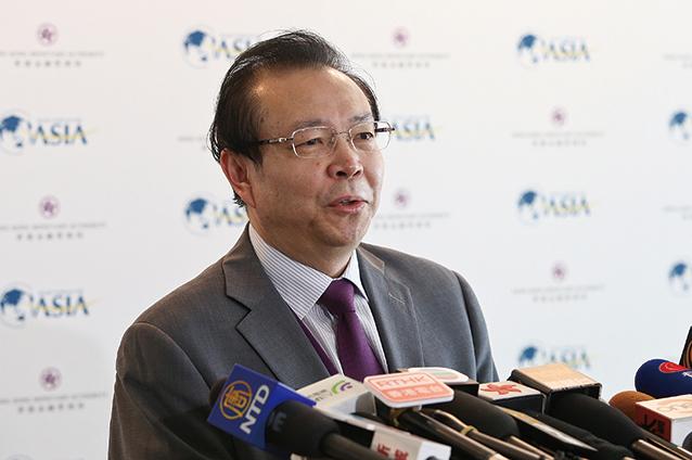 華融公司前董事長、黨委書記賴小民。(余鋼/大紀元)