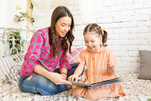 幼兒探索繪本世界 培養多元能力 親子共讀繪本運用3T原則