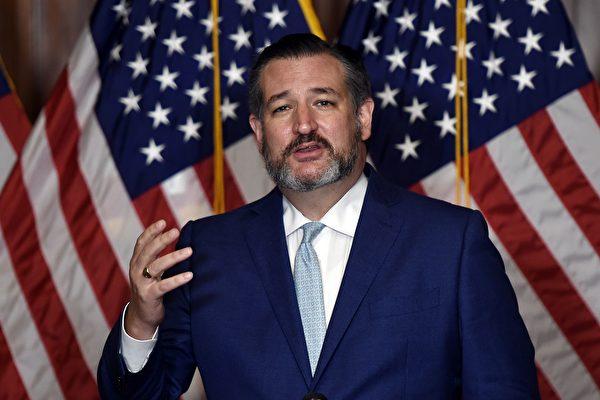 2020年10月26日共和黨籍德州參議員特德‧克魯茲(Ted Cruz)於國會山(Capitol Hill)發表講話。(OLIVIER DOULIERY/POOL/AFP via Getty Images)