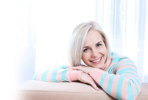 更年期喝藥膳、按摩足部穴位 補血潤膚 舒緩更年期症狀