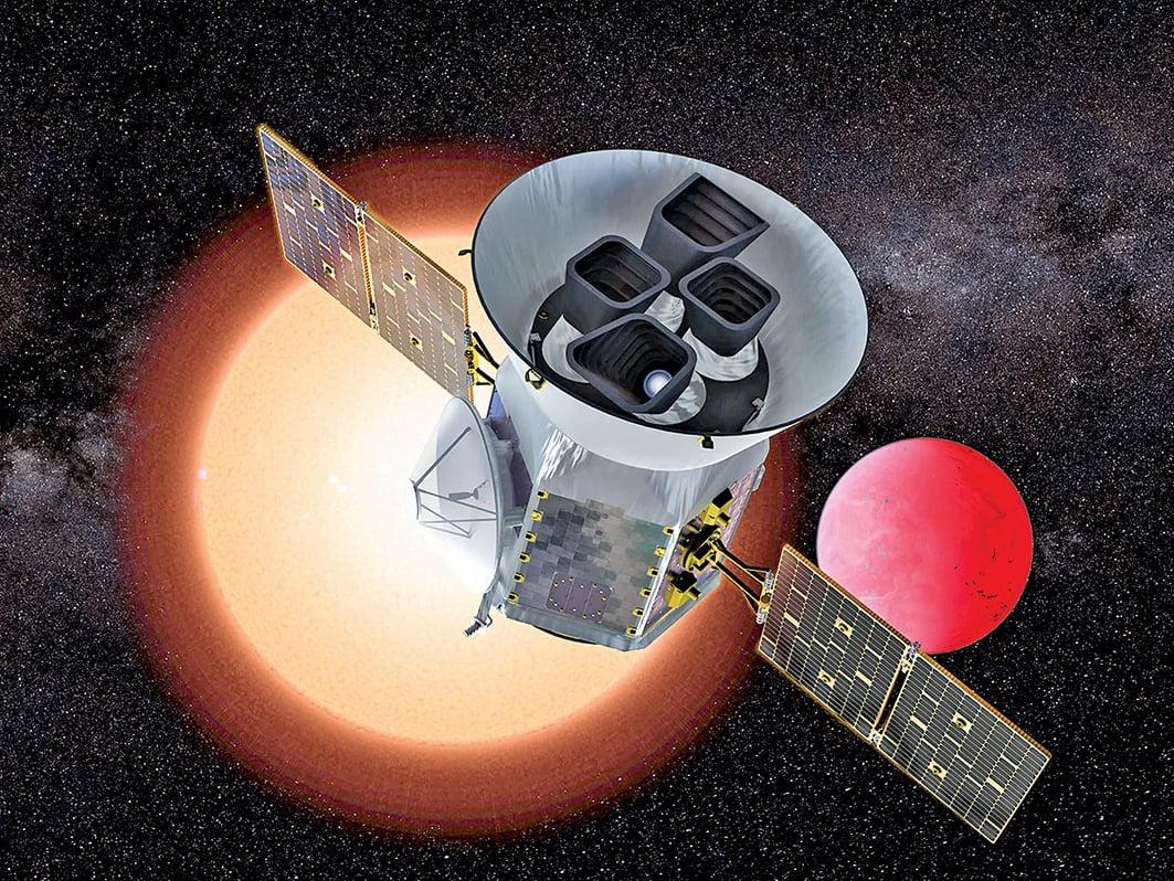為了尋找外星生命,美國太空總署(NASA)於當地時間 4 月 18 日傍晚在佛羅裏達州,發射了一顆凌日系外行星勘探衛星(TESS)。圖為TESS。(AFP)