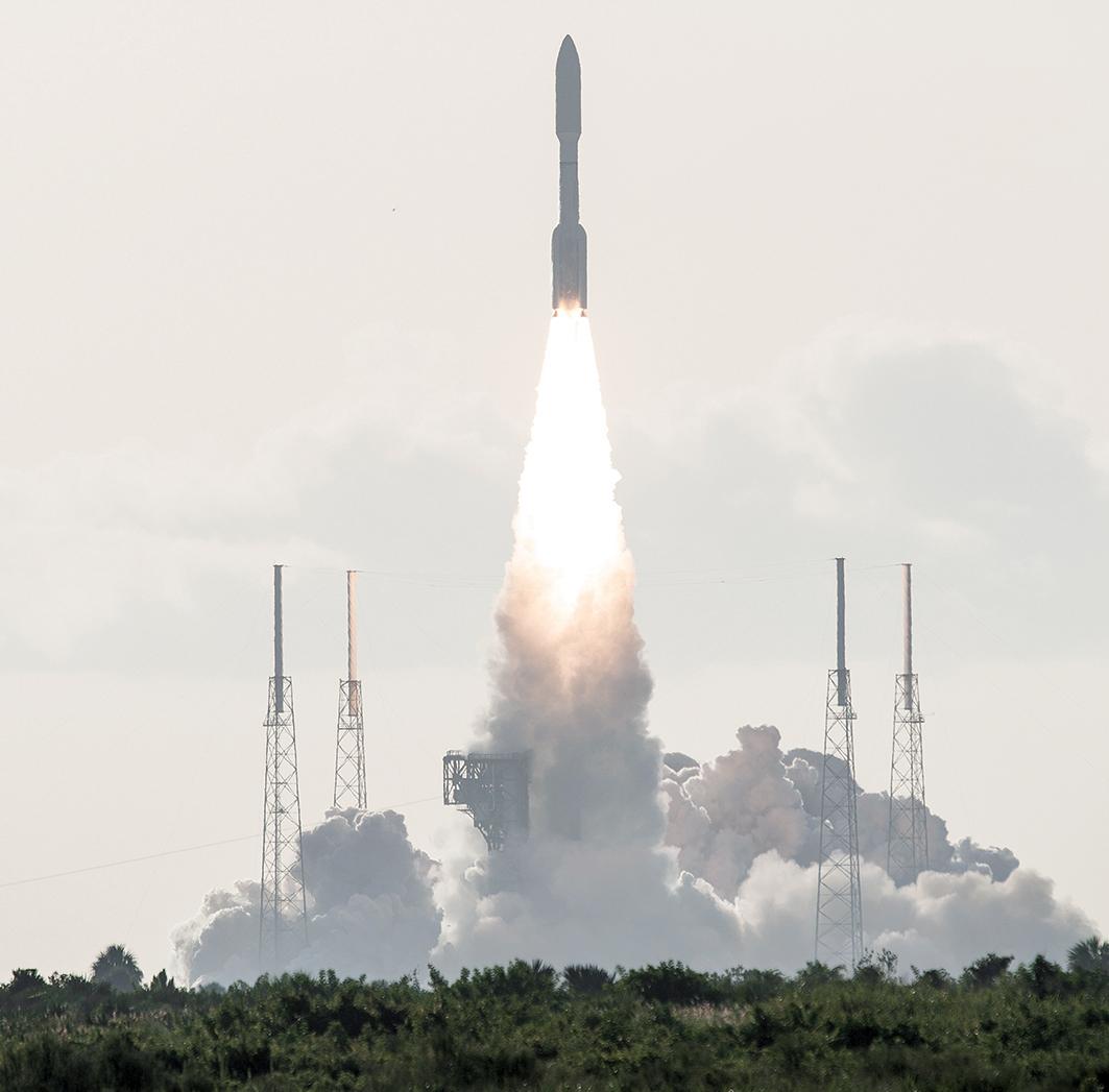 2020 年 7 月 30 日,NASA「火 星 2020 毅 力 號 探 測 車」(Mars 2020Perseverance Rover) 從美國佛羅里達州卡納維拉爾角空軍基地(CapeCanaveral Air Force Station)41 號發射場發射升空。(Joel KOWSKY/NASA/AFP)
